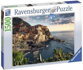 Ravensburger puzzel - Uitzicht op Cinque Terre - 1500 stukjes